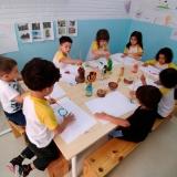 procuro por escola para crianças bilíngue Cambuci